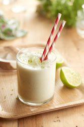 Smoothie de coco y lima